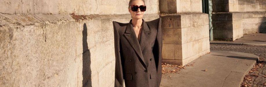 fashion magazine Cover Image