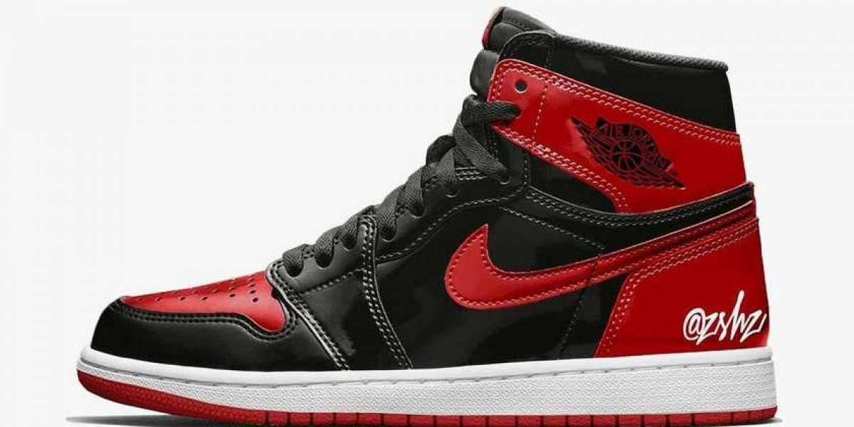 "555088-063 Air Jordan 1 High OG ""Bred Patent"" will debut in October this year"