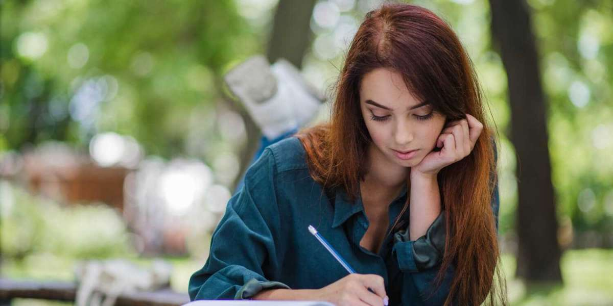 Hire the Best and Budget-Friendly Assignment Writing Services That Are Perfect, Professional, and Proficient